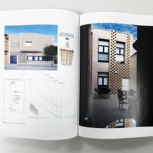 OOIIO Brick and Tile 12